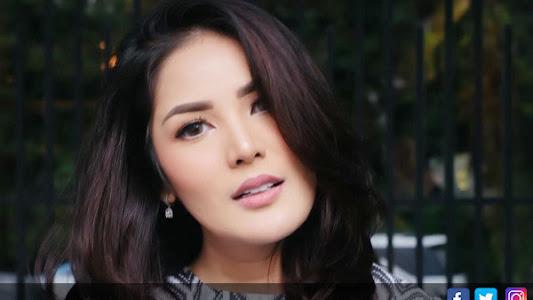 Sedihnya, Anak-anak Tahu Nindy Ayunda Kerap Dipukuli Suami - Entertainment JPNN.com