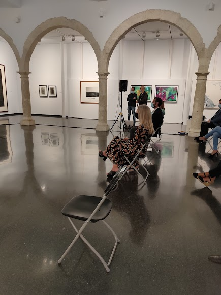 La consejera de Cultura visita el Centro Andaluz de la Fotografía.