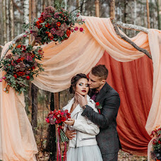 Wedding photographer Puzanov Valentin (puzanov). Photo of 04.11.2018