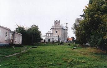 Photo: 02 Ruiny szkoły i kościół, fot. ks. Rafał Brzuchański, skan nadesłany przez Walerię Nowakowską.