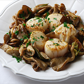 Scallops with Shiitake and Oyster Mushrooms