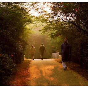 morning walk.... by Shubhendu Bikash Mazumder - City,  Street & Park  City Parks ( nature )