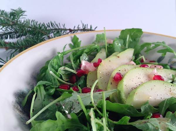 Arugula, Pear & Pomegranate Salad Recipe