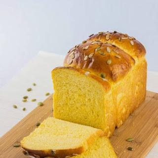 Tangzhong Pumpkin Loaf