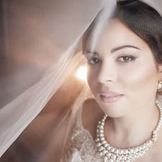 Wedding photographer Natalya Bekman (fotoprima). Photo of 21.04.2016