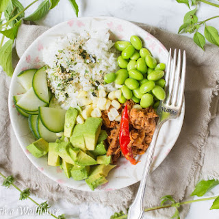 Spicy Thai Chili Tuna Poke Bowl Recipe