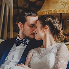 Wedding photographer Tomasz Okupny (swiatlokolorowi). Photo of 16.03.2016