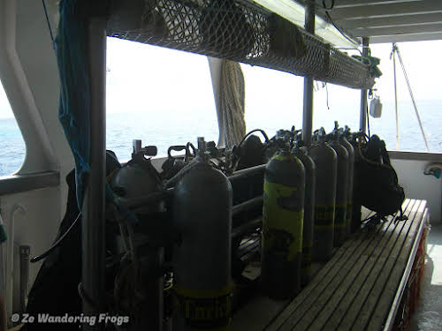 Australia Cairns Great Barrier Reef Liveobard Dive Boat Experience // Diving Deck