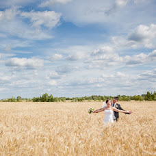 Wedding photographer Alena Voroncova (Gusena). Photo of 04.10.2014