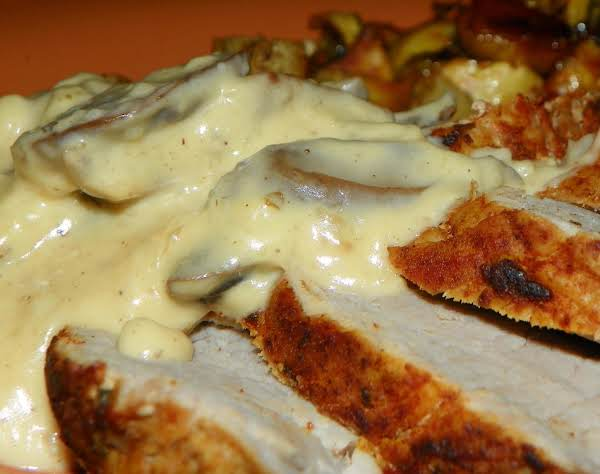 Filet De Porc Aux Champignons - Pork And Mushrooms Recipe