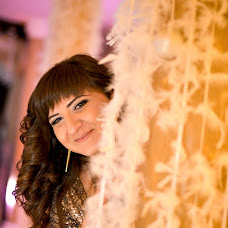 Wedding photographer Diana Asaturova (DiAsaturova). Photo of 25.05.2014