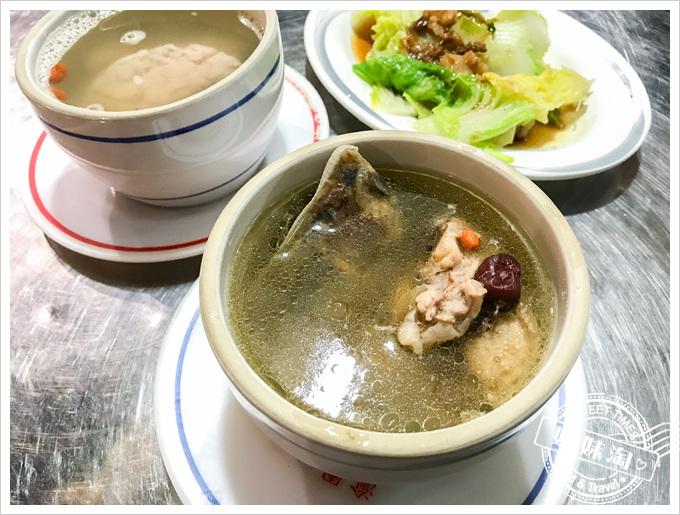 北大港原盅燉鴨湯九尾雞湯