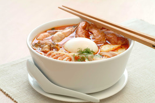 laksa-dish-Singapore.jpg - One of Singapore's signature national dishes, Laksa can be found in the Katong area.
