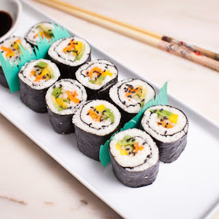 How to Make the Simplest DIY Cauliflower Rice Sushi Ever.