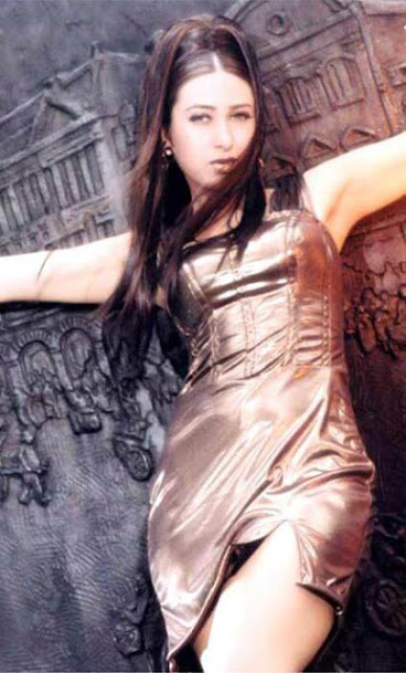 Karishma Kapoor hot pics from Sundara Sundara song