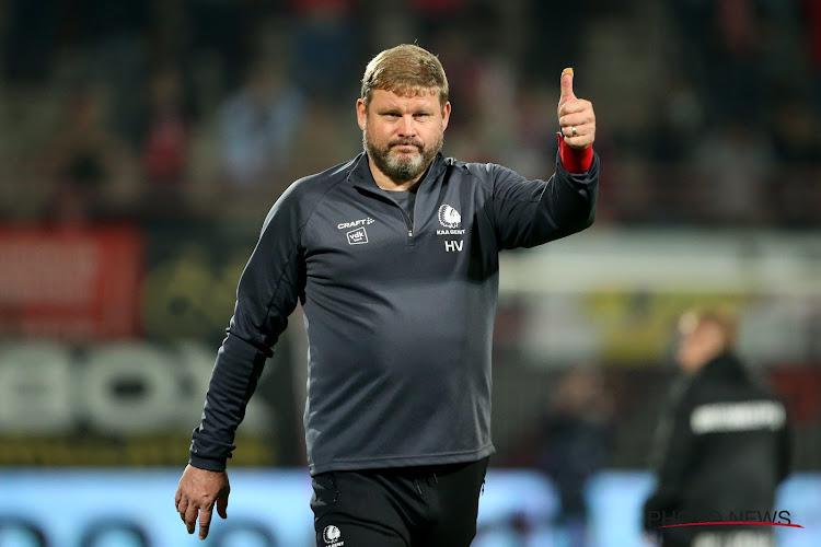 """Vanhaezebrouck schudde meewarig het hoofd na uitleg Referee Department: """"Dit druist in tegen alle logica"""""""