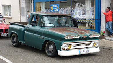 Photo: Chevrolet Apache 10