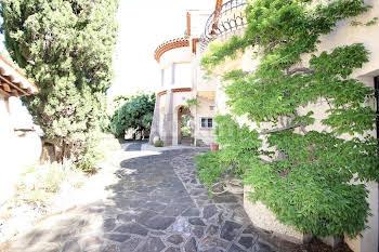 Villa 7 pièces 270 m2