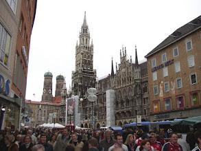 Photo: Het centrum van München : de Mariënplatz