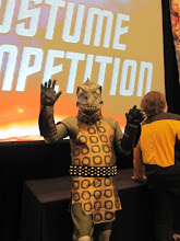 Photo: Wave to the Gorn!