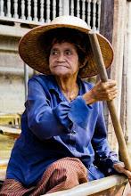 Photo: Femme birmane. Photo de Didier Lorido