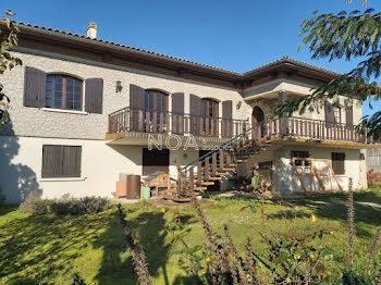 maison à Aubie-et-Espessas (33)