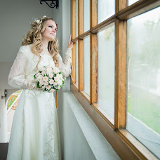 Wedding photographer Svetlana Tutova (651520). Photo of 09.09.2015