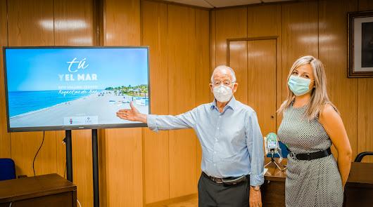 Roquetas lanza la campaña 'Tú y el mar' para promocionar sus playas seguras