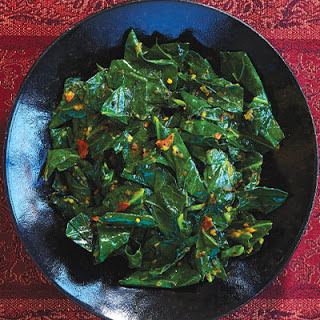 Collard Greens With Tomatoes, Ginger, and Turmeric