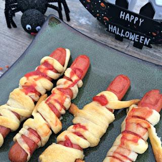 Bandaged Fingers (Halloween Hot Dogs)