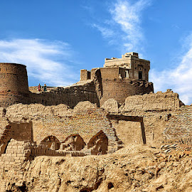 Derawar Fort by Abdul Rehman - Buildings & Architecture Decaying & Abandoned ( clouds, pakistan, desert, cholistan, fort, derawar,  )
