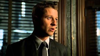 Season 1, Episode 9 Harvey Dent
