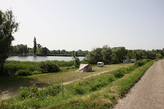 Photo: Day 73 - The Cycle Path Along a Lake (Between Rackeve and Solt)