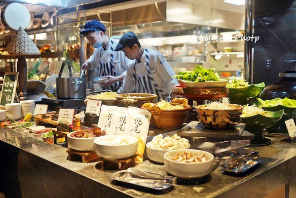 Mega 50 Cafe Buffet全國最高自助餐廳 ,新北美㬌盡收眼底