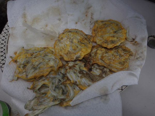 Whitebait patties, Whitebaiters Whitebait patties, west coast, whitebait, traditional, patties, Hot Girls Cooking, New Zealand (NZ) Cooking, Cooking for real, 新西兰烹饪,配有照片的食谱教程