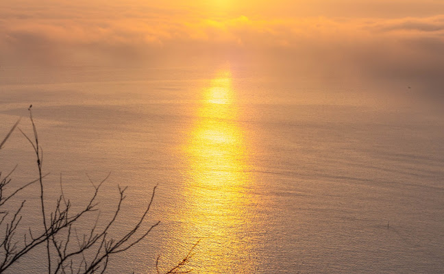 L'alba e il suo raggio di sole  di giovix811