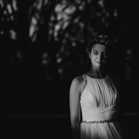 Wedding photographer Mika Alvarez (mikaalvarez). Photo of 04.12.2017