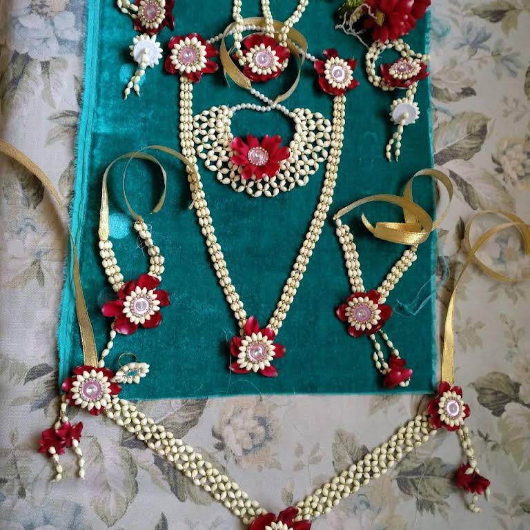 Svojas Real Flowers Jewelery Flower Designer In Pune
