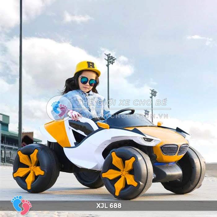 Xe ô tô điện địa hình cho bé XJL-688 6
