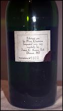 """Photo: Contre-étiquette amusante d'une vieille bouteille de VEP ! """"Fabriquée par les Pères Chartreux  Imported very, very, carefully by James C. Sussex, Ltd. Detroit, MI"""" On imagine les soins qui ont été pris lors du transport jusqu'aux Etats-Unis !"""