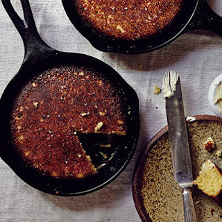 Cracklin' Cornbread