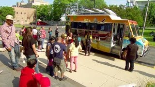 Chicago: A Food Truck Town