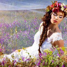 Wedding photographer Tatyana Dovgaya (Dovgaya). Photo of 15.05.2014
