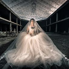 Wedding photographer Cristiano Ostinelli (ostinelli). Photo of 11.12.2017