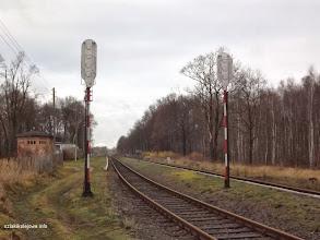 Photo: Widok od wschodu w kierunku zachodnim tył sygnalizatorów B i C