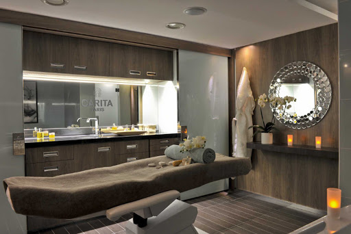 Ponant-LeBoreal-spa.jpg - Book a massage during your cruise on Le Boreal, a Ponant Yacht Cruise.