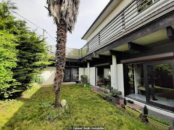 Maison 8 pièces 250 m2