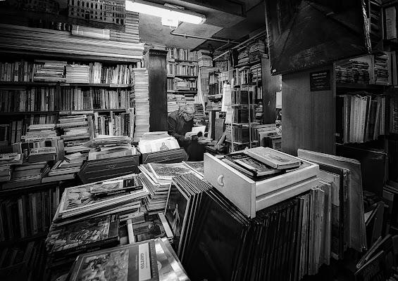 Vivere in un mondo di libri di CarloBassi