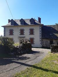 maison à Vic-sur-Cère (15)