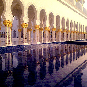 Grand Mosque Abu Dhabi, UAE by Jbern Eugenio - Instagram & Mobile Other